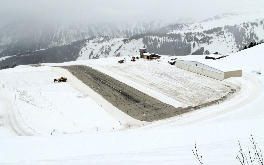 Aeropuerto_Courchevel_Alpes_Airport